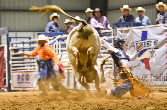 Bates Ford Lebanon Tn >> Whip Crackin Rodeo » 2012 Whip Crackin Rodeo – Gallery 3